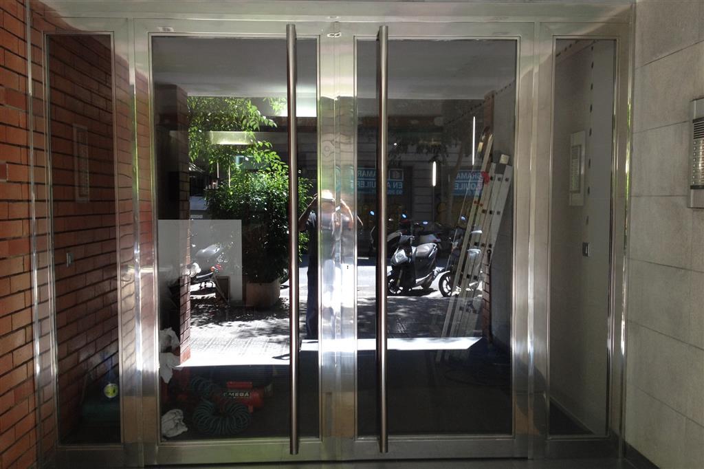 Puerta vestibulo