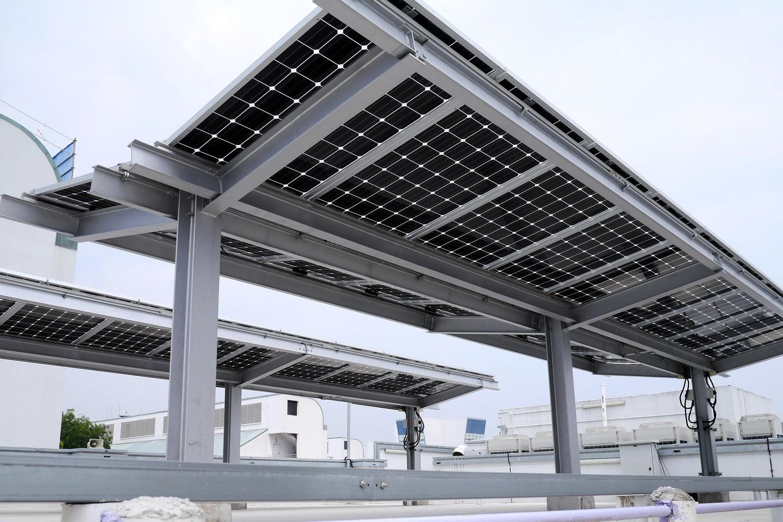 Marquesinas solares para parkings exteriores